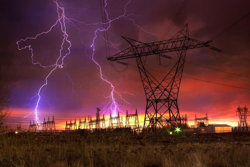 Lightning strikes power distribution station
