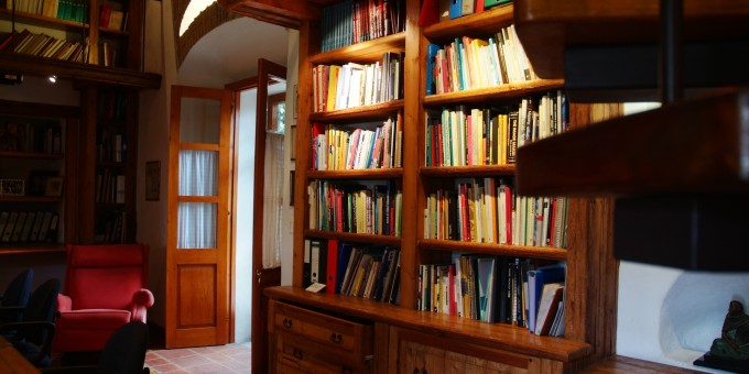 Book Shelves in a colonial home in Mexico