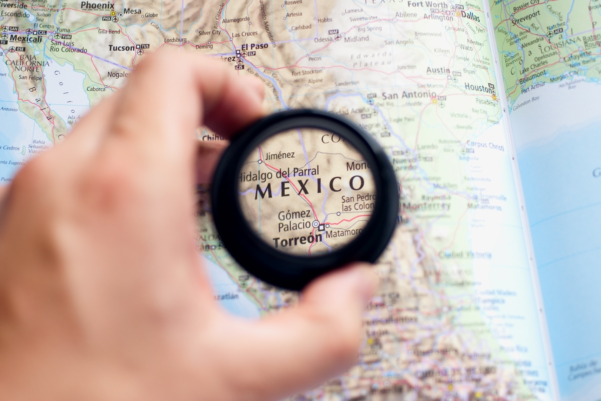 Lens on Mexico Map